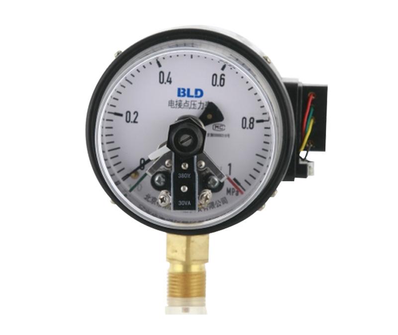 YXC系列铁壳、螺钉紧固电接点压力表